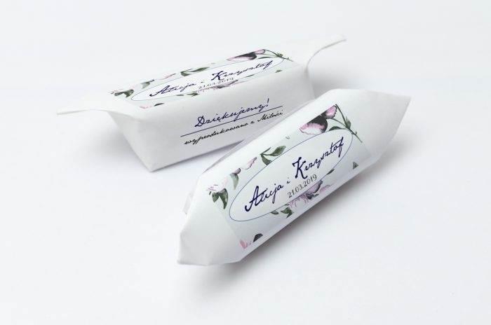 krowki-slubne-1-kg-kwiaty-fioletowe-papier-papier60g