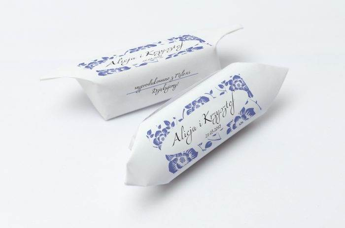 krowki-slubne-1-kg-ornament-z-kokardka-6-papier-papier60g