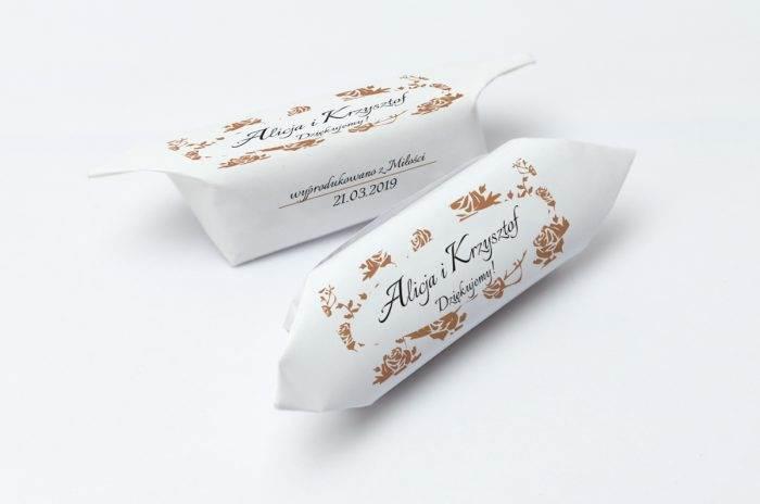 krowki-slubne-1-kg-ornament-z-kokardka-9-papier-papier60g