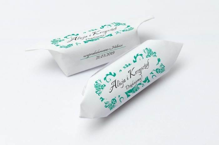 krowki-slubne-1-kg-ornament-z-kokardka-8-papier-papier60g