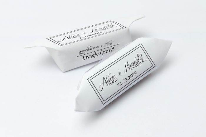 krowki-slubne-1-kg-szare-ze-wstazka-papier-papier60g