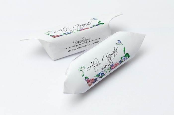 krowki-slubne-1-kg-w-kwiaty-z-kokarda-papier-papier60g