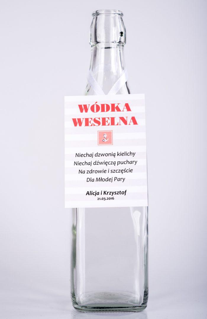 zawieszka-na-alkohol-do-zaproszen-paski-marynarskie-wzor-3-dodatki-zawieszka-papier-satynowany
