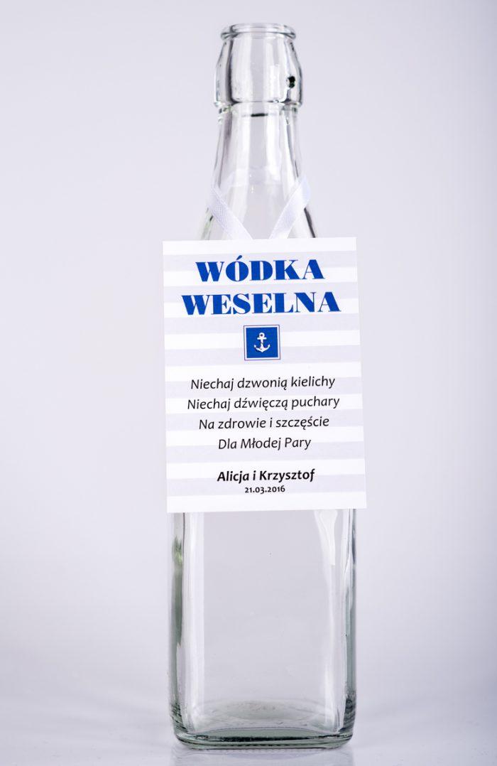 zawieszka-na-alkohol-do-zaproszen-paski-marynarskie-wzor-2-dodatki-zawieszka-papier-satynowany