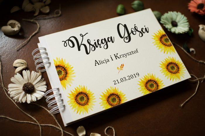 ksiega-gosci-slubnych-kwiaty-sloneczniki-dodatki-ksiega-gosci-papier-satynowany