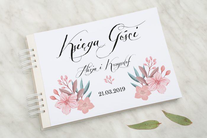 ksiega-gosci-slubnych-wianuszki-pudrowe-kwiaty-papier-matowy-dodatki-ksiega-gosci