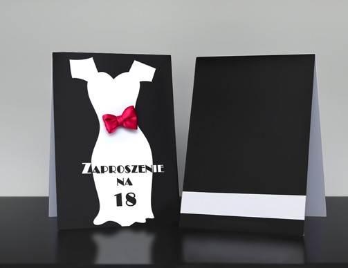 zaproszenie-na-18-urodziny-sukienka-papier-satynowany-kokardki-male-