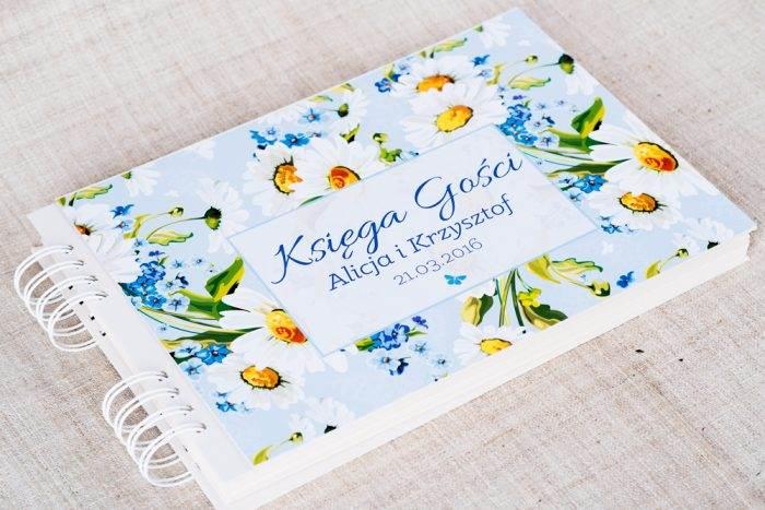 ksiega-gosci-slubnych-kwiaty-stokrotki-papier-matowy-dodatki-ksiega-gosci