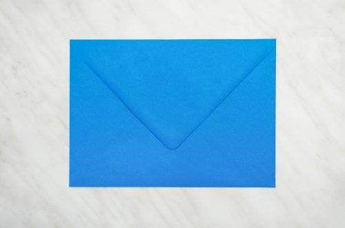 niebieska koperta b6