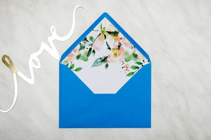 koperta-c6-niebieska-z-wklejka-biala-magnolia-10-szt-do-zaproszen-slubnych-koperta-c6-niebieska-z-wklejka-biala-magnolia