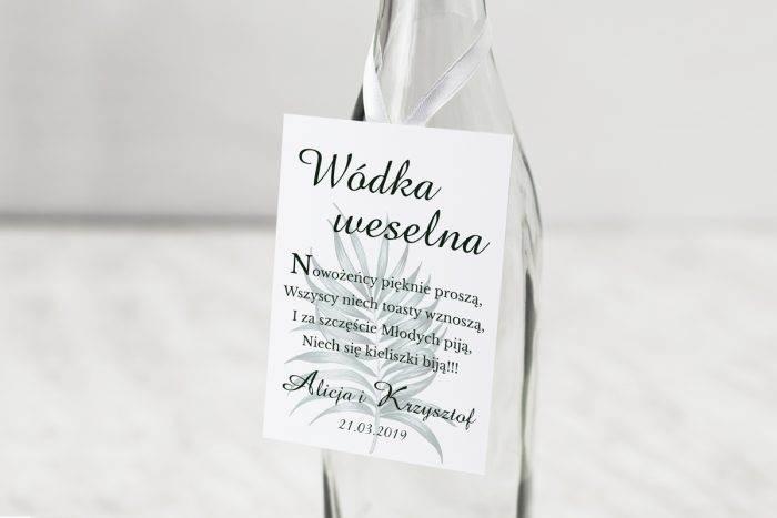 zawieszka-na-alkohol-do-zaproszen-kwiaty-z-nawami-eukaliptus-dodatki-zawieszka-papier-matowy
