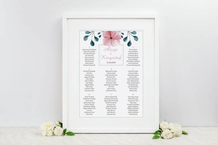 plan-stolow-weselnych-do-zaproszenia-kwiaty-z-nawami-hibiskus-dodatki-ramka-papier-satynowany