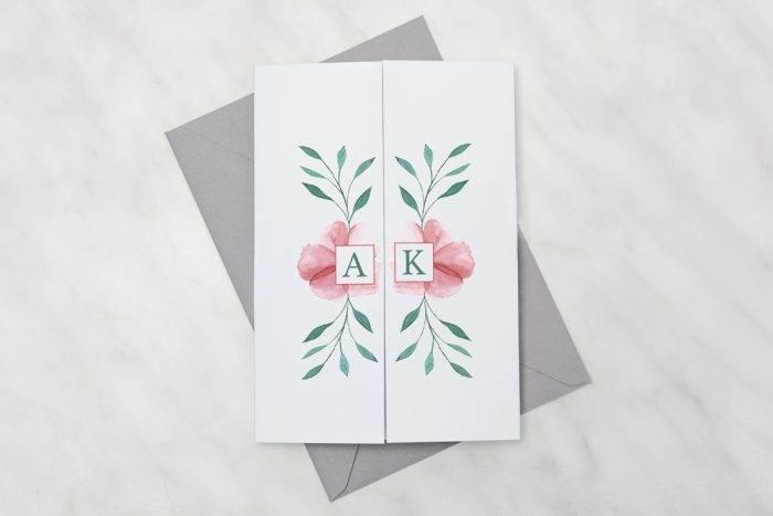 zaproszenie-slubne-kwiaty-z-nawami-hibiskus-papier-satynowany