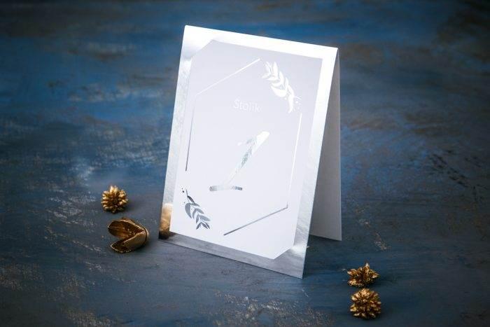 numer-stolika-srebrne-lustro-liscie-eukaliptusa-papier-matowy-podkladki--foliowanie-