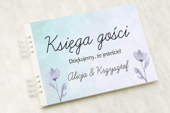 ksiega-gosci-slubnych-drobne-kwiaty-papier-satynowany-dodatki-ksiega-gosci