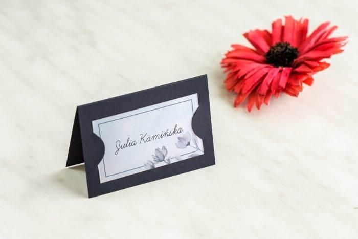 winietka-slubna-do-zaproszenia-granatowe-drobne-kwiaty-papier-satynowany-podkladki-granatowa-winietka