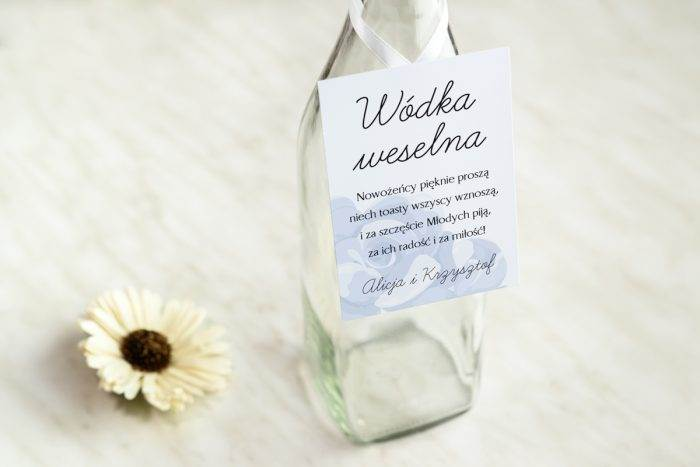 zawieszka-na-alkohol-do-zaproszenia-granatowe-niebieskie-roze-dodatki-zawieszka-papier-satynowany