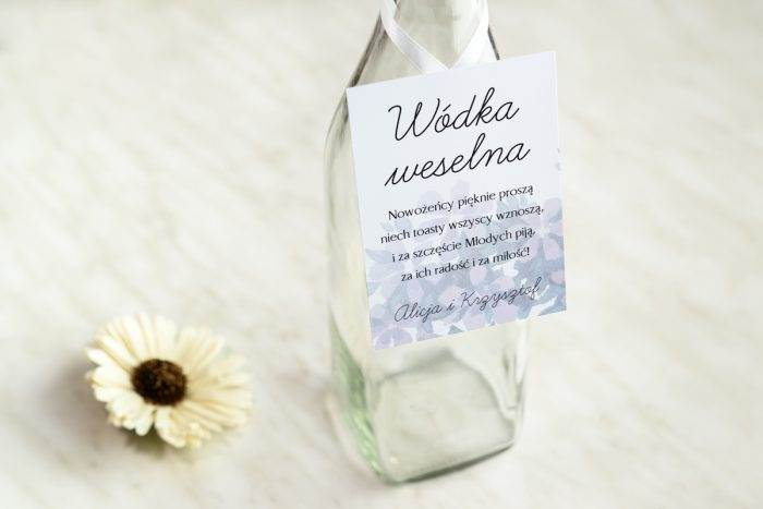 zawieszka-na-alkohol-do-zaproszenia-granatowe-wiosenny-bukiet-dodatki-zawieszka-papier-bialyfakturowany