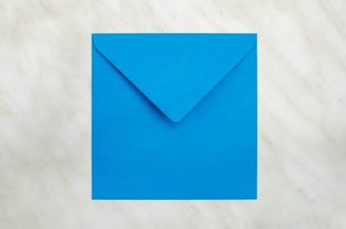 koperta-kwadratowa-niebieska-10-szt-do-zaproszen-slubnych