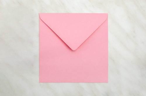 koperta-kwadratowa-rozowa-10-szt-do-zaproszen-slubnych