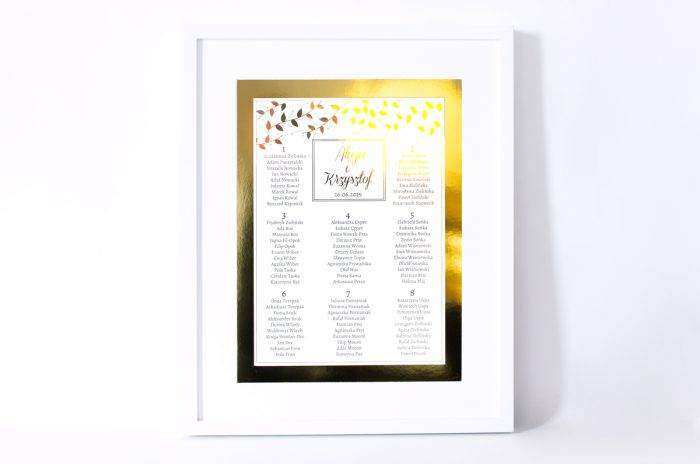 plan-stolow-weselnych-zlote-lustro-delikatne-liscie-dodatki-ramka-papier-matowy-podkladki-