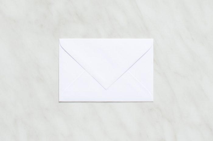 koperta-mini-biala-10-szt-do-zaproszen-slubnych