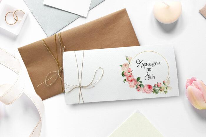 kremowa-fantazja-z-roza-zaproszenie-ze-zdjeciem-i-sznurkiem-dodatki--papier--spinacz--koperta-bez-koperty