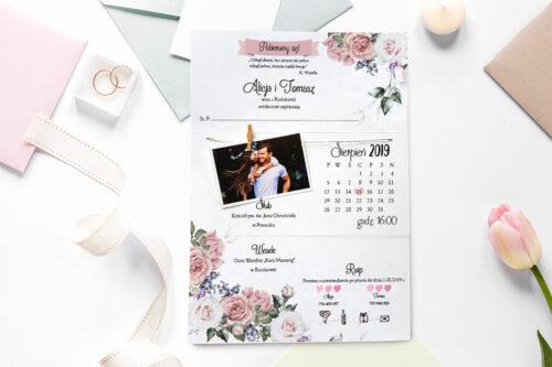 zaproszenie ślubne ze zdjęciem i sznurkiem w pastelowych kwiatach