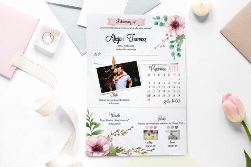 zaproszenie ślubne ze zdjęciem i sznurkiem w pastelowe kwiaty