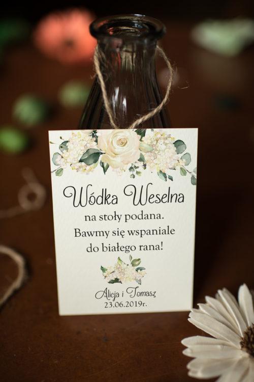 Zawieszka ślubna na alkohol - Białe Hortensje