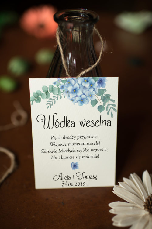 Zawieszka ślubna na alkohol - Niebieskie Hortensje