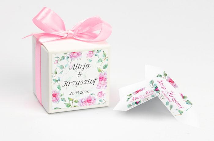 ozdobne-pudeleczko-z-personalizacja-kwiaty-roze-kokardka--krowki-z-dwiema-krowkami-papier-
