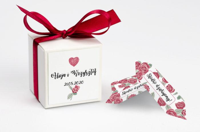 ozdobne-pudeleczko-z-personalizacja-kwiaty-rozyczki-kokardka--krowki-z-dwiema-krowkami-papier-