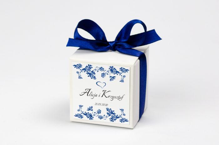 pudeleczko-z-personalizacja-ornament-wzor-3-kokardka--krowki-bez-krowek-papier-