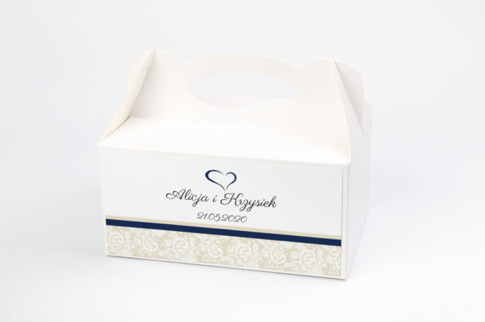 ozdobne-pudelko-na-ciasto-ornament-z-koronka-wzor-2-papier-satynowany