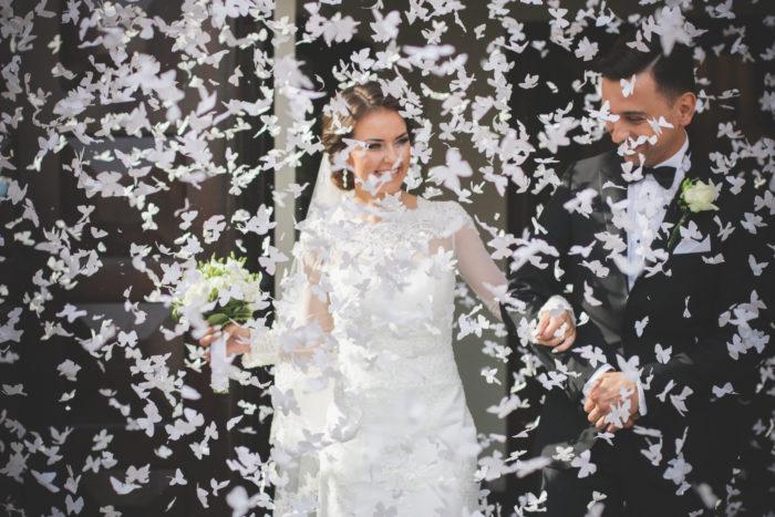 Strzelające konfetti - Białe motylki