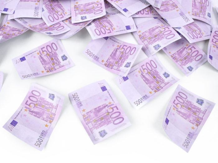 strzelajace-konfetti-banknoty-500-euro-2-wielkosc-tuby-80-cm