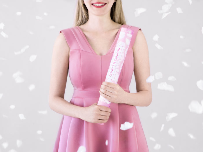 Strzelające konfetti - Białe płatki róż