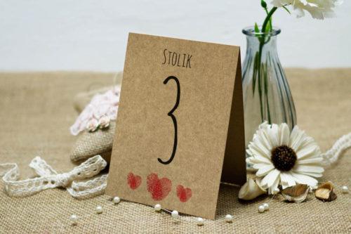 Numer stolika do zaproszenia eco z motywem serca