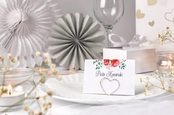 winietka ślubna z czerwoną różą