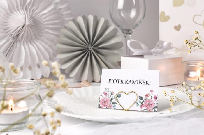 winietka ślubna z różowymi kwiatami