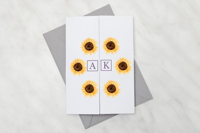 oryginalne-zaproszenie-slubne-kwiaty-z-nawami-sloneczniki-z-lawenda-papier-satynowany