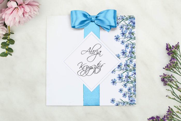 eleganckie-zaproszenie-slubne-z-kokarda-chabry-papier-matowy-kokarda-na-kleju--koperta-k4-szara