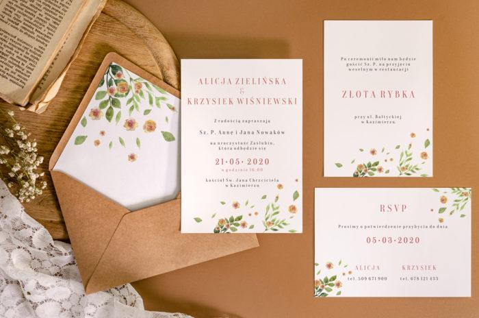 zaproszenie-slubne-jednokartkowe-recyklingowe-rozrzucone-kwiaty-papier-matowy-350g-koperta-b6-szara-bez-wklejki