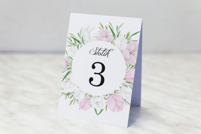 numer-stolika-pasujacy-do-zaproszenia-z-kolkiem-bialo-fioletowe-eustomy-papier-matowy