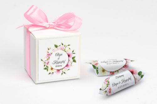 pudełko na krówki pastelowe kwiaty