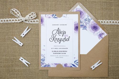 Zaproszenie we wzorze fioletowych kwiatów