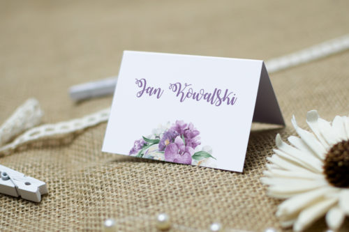 winietka ślubna z fioletowym kwiatem