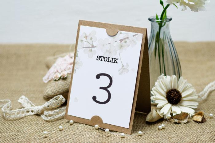 numer-stolika-do-zaproszenia-boho-kwiat-wisni-podkladki-szarans-papier-satynowany
