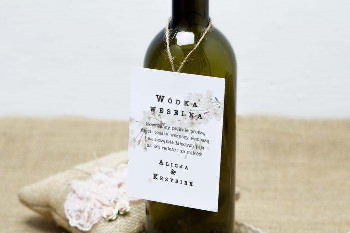 zawieszka-na-alkohol-do-zaproszen-boho-kwiat-wisni-dodatki-zawieszka_jutowa-papier-satynowany